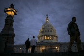 Senate talks fall short, shutdown extends into workweek