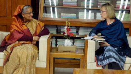 PM stresses quick repatriation of Rohingyas