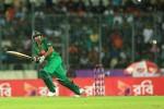 Mashrafe falls as Bangladesh stutter to 81/9