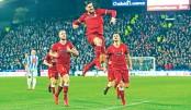 Swansea stun Arsenal, Liverpool cruise
