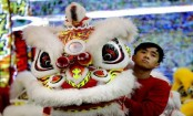 Lion dance in Singapore ahead of Lunar New Year
