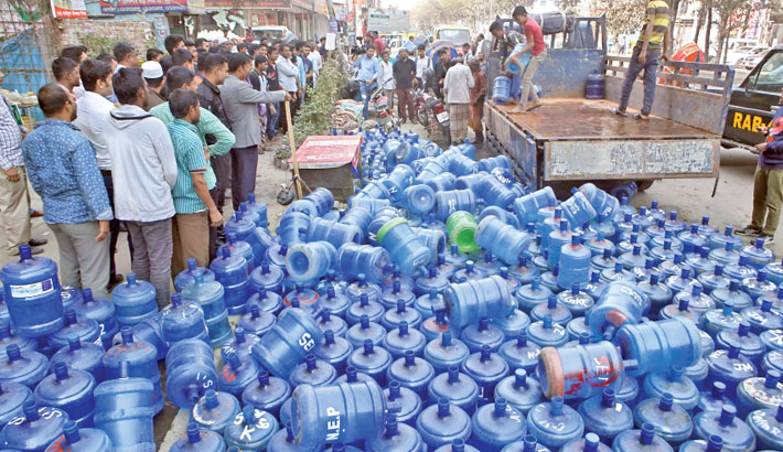 Sale of unsafe jar water continues