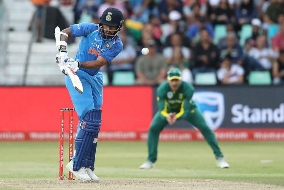 Struggling South Africa puts India in to bat in 3rd ODI