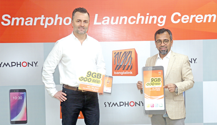 Banglalink, Symphony launch  'Symphony Roar V78' handset