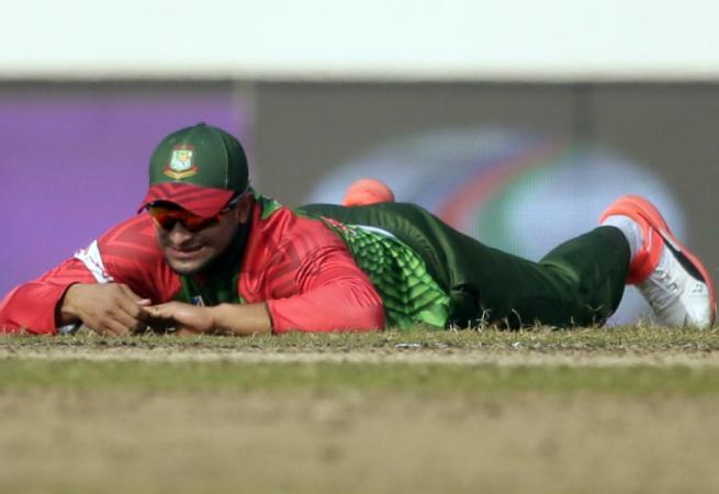 Injured Shakib to miss first T20 against Sri Lanka