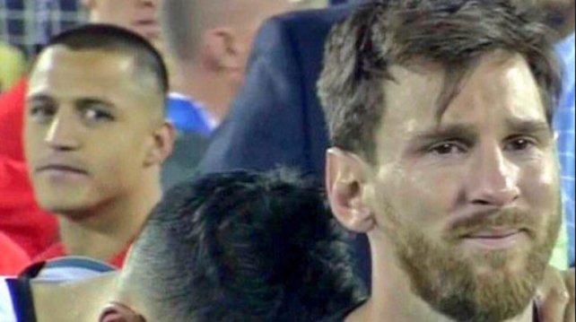 Alexis Sanchez saw Messi cry when Chelsea beat Barcelona