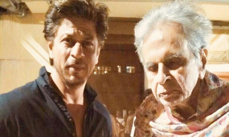 Shah Rukh visits Dilip Kumar