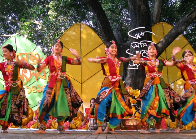 Thousands celebrate Pohela Falgun at Charukola