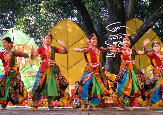 Thousands celebrate Pohela Falgun at Charukola