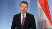 Dutch foreign minister under fire for lying about Putin