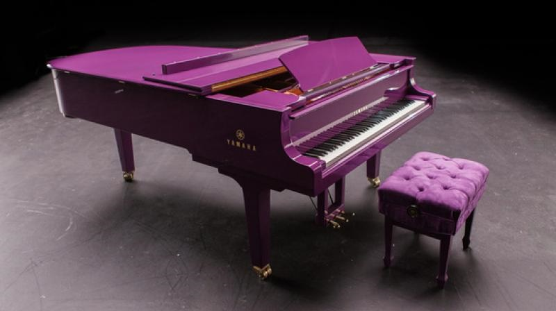 Prince's iconic purple piano to fetch $50,000 at US auction