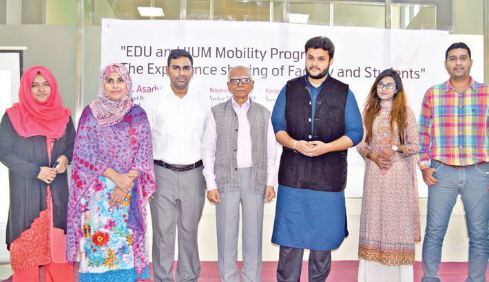 Joint educational activities with foreign instts emphasised