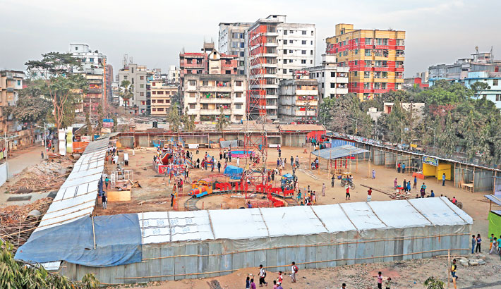 Local influential people arrange a fair