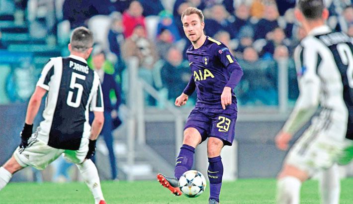 Spurs deny Juve to hold advantage