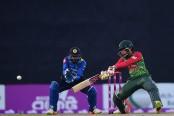 Bangladesh set 194-run target for Sri Lanka