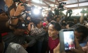 Myanmar government under Suu Kyi cracks down on journalists