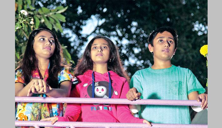 Akhi o Tar Bondhura to be screened at Dhaka, Sylhet