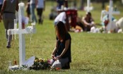 Florida school shooting: Trump links FBI's missteps to Russia investigation