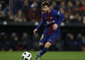 Messi aims to score against Chelsea at 9th attempt