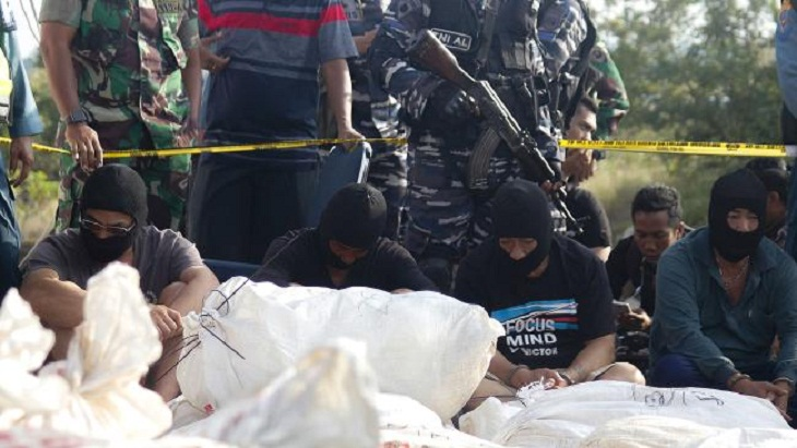 Indonesia police seize over a tonne of crystal meth on ship