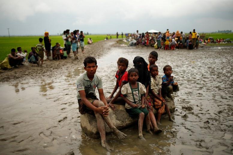 Bangladesh, Myanmar discussing repatriation of Rohingyas on no-man's land