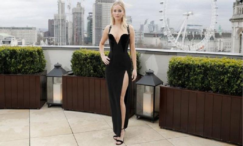 Jennifer Lawrence hits back at dress critics