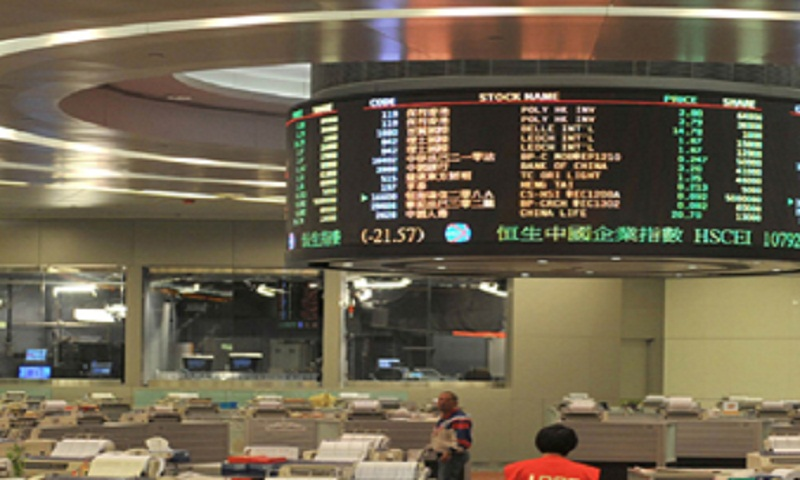 Hong Kong stocks bounce at open