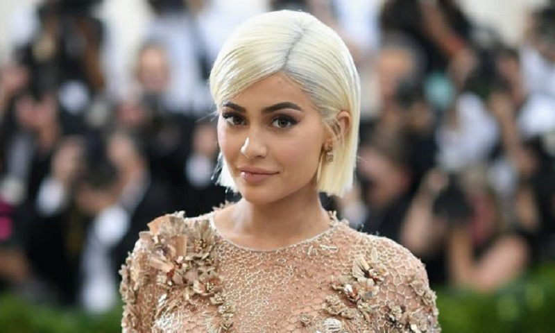 Kylie Jenner 'sooo over' Snapchat - and Wall Street panics