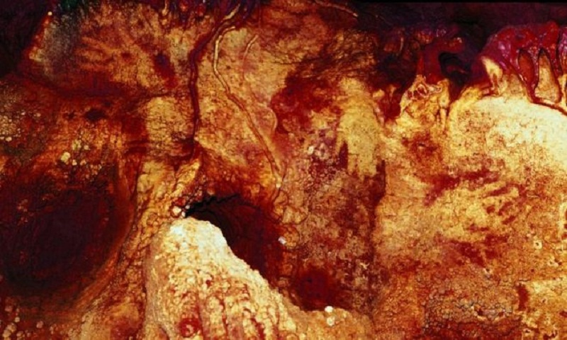 Neanderthals were capable of making art