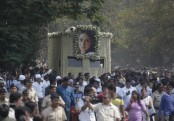 Bollywood legend Sridevi mourned by fans in Mumbai