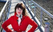 Woman sues Delta, says she was groped on flight