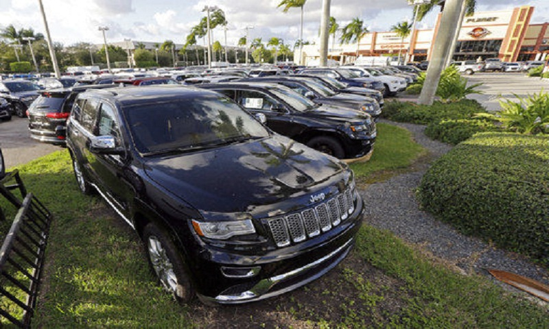 US auto sales fell 2 percent in February