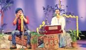 Sojib, Sovansundar mesmerise audience at Chhayanaut