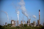 Health savings outweigh costs of limiting global warming: study