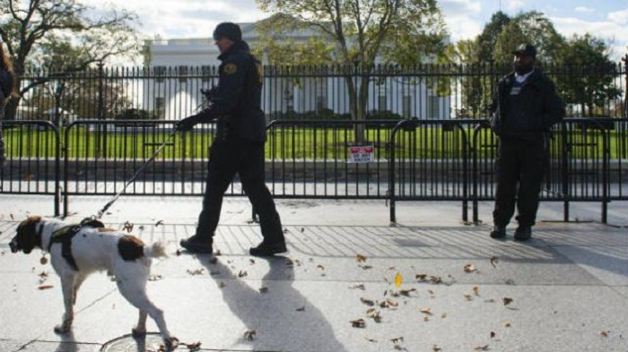 Man suffers 'self-inflicted wound' outside White House