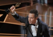 Sam Rockwell wins best supporting actor Oscar for 'Three Billboards'