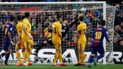 Messi free kick gives Barcelona win against Atletico