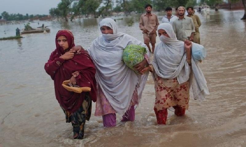 Climate change 'impacts women more than men'