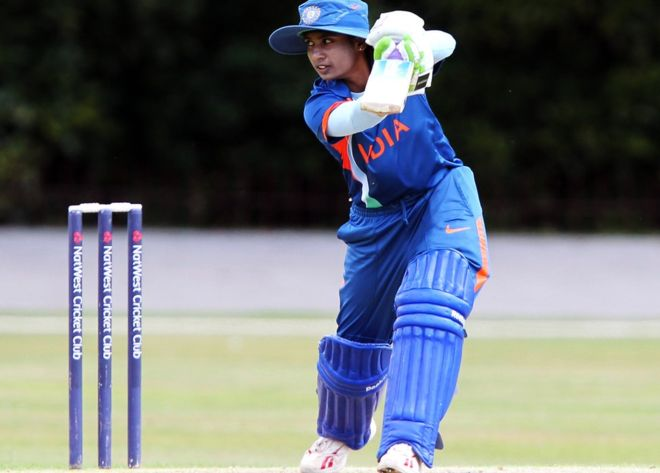 Gender pay gap in cricket angers Indians