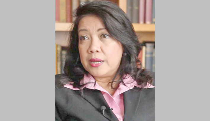 Philippines' top judge vows fight as Duterte, allies seek her ouster