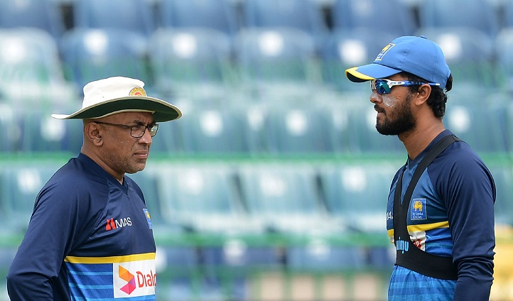 Sri Lanka bat against Bangladesh in tri-series