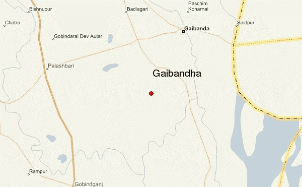 Three killed as bus hits human hauler in Gaibandha