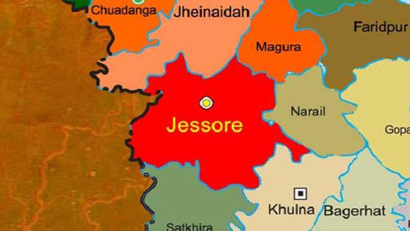2 schoolgirls killed in Jessore road crash