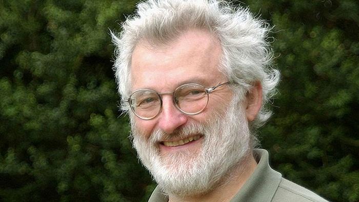 Human genome pioneer Sir John Sulston dies