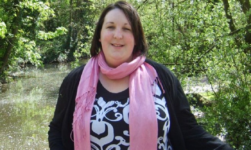 Mum who halved weight after rollercoaster trauma wins award