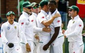 Australia out for 243 in 2nd test as Rabada takes 5