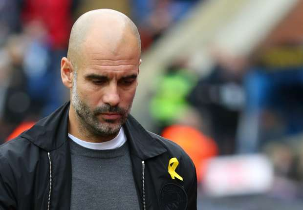 FA fines Guardiola for ribbon backing Catalan politicians