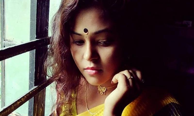 Bengali actress Moumita Saha commits suicide in Kolkata