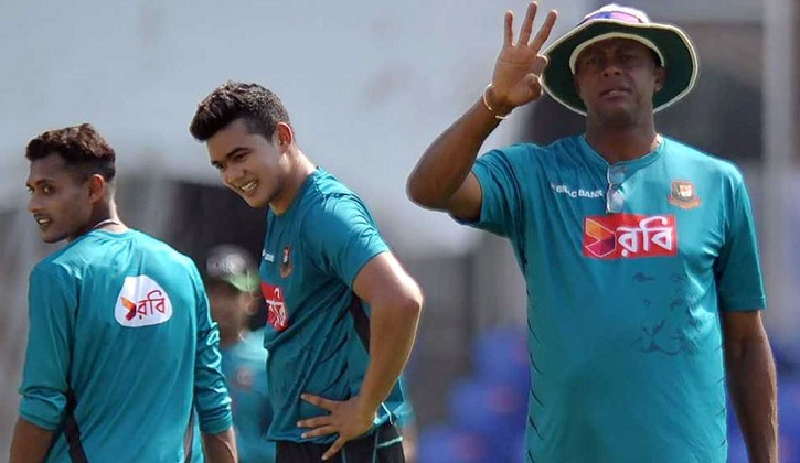 Bangladesh gets new head coach after Nidahas Trophy