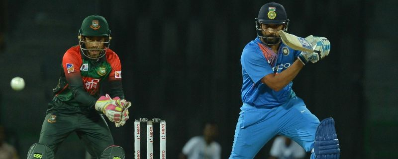 Rohit Sharma's 89 carries India to 176